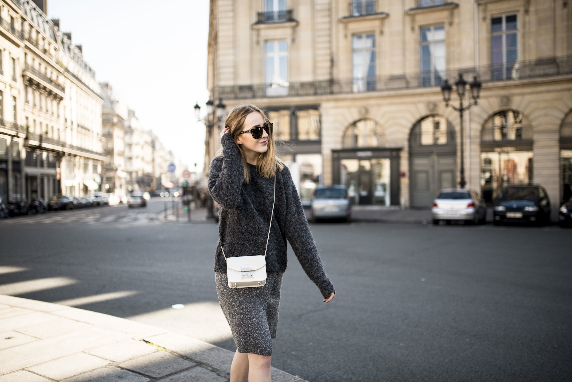 Place des victoires tiphaine marie switzerland based fashion blogger swiss fashion blog - Place des victoires metro ...
